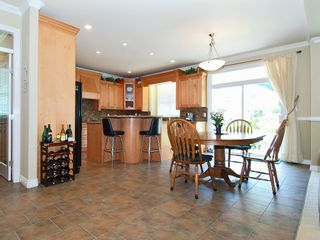 Photo 2: 2279 148A Street in South Surrey: Home for sale : MLS®# F2912082