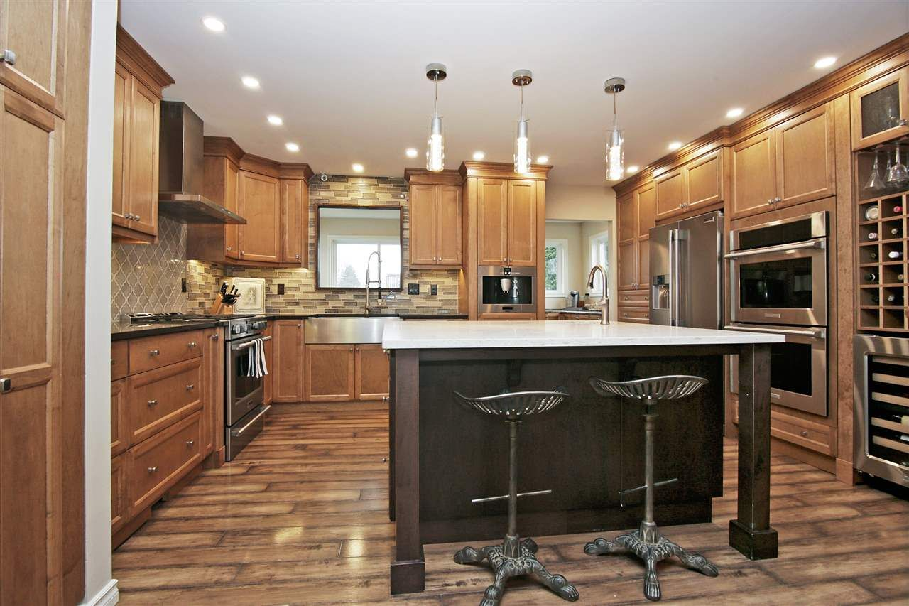 Main Photo: 10346 KENT Road in Chilliwack: Fairfield Island House for sale : MLS®# R2578576