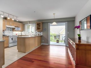 """Photo 10: 307 988 W 54TH Avenue in Vancouver: South Cambie Condo for sale in """"HAWTHORNE VILLA"""" (Vancouver West)  : MLS®# R2284275"""