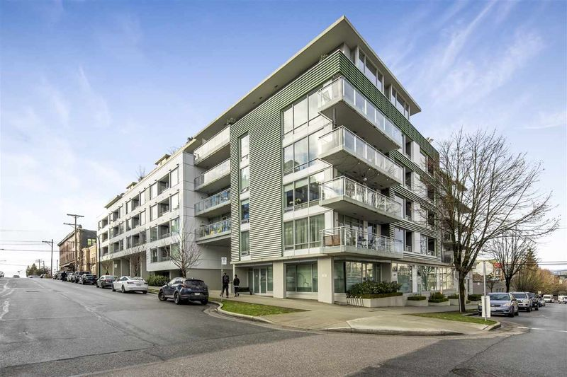 FEATURED LISTING: 210 - 289 6TH Avenue East Vancouver