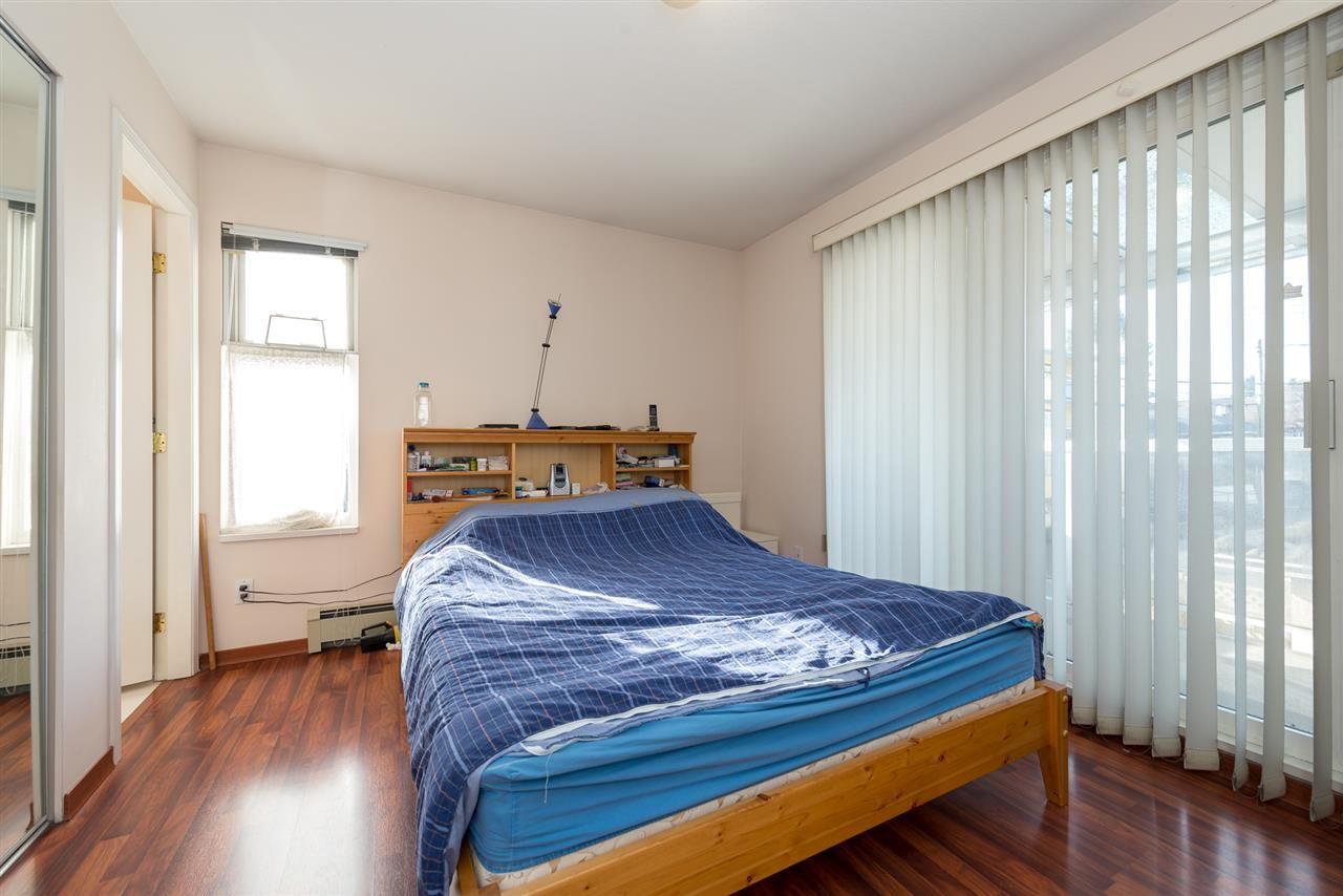 Photo 9: Photos: 8573 LAUREL Street in Vancouver: Marpole 1/2 Duplex for sale (Vancouver West)  : MLS®# R2036216