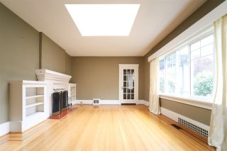 Photo 2: 3336 W 37TH Avenue in Vancouver: Dunbar House for sale (Vancouver West)  : MLS®# R2338779