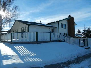 Photo 1: 77 ASHWOOD Road SE: Airdrie Residential Detached Single Family for sale : MLS®# C3593329