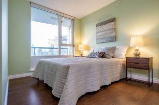 Photo 14: 2808 1033 MARINASIDE CRESCENT in Vancouver: Yaletown Condo for sale (Vancouver West)  : MLS®# R2238067