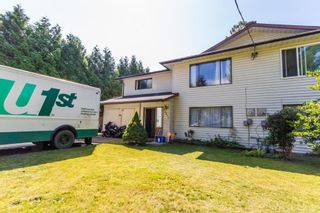 Photo 1: 20894 DEWDNEY TRUNK Road in Maple Ridge: Southwest Maple Ridge 1/2 Duplex for sale : MLS®# R2098215