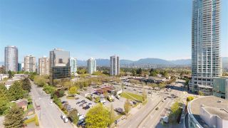 """Photo 7: 1806 6088 WILLINGDON Avenue in Burnaby: Metrotown Condo for sale in """"CRYSTAL RESUDENCE"""" (Burnaby South)  : MLS®# R2363780"""