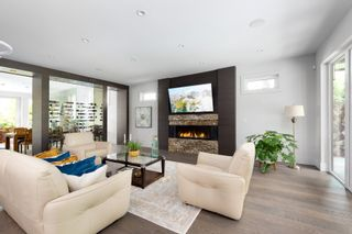 Photo 14: 3850 HILLCREST Avenue in North Vancouver: Edgemont House for sale : MLS®# R2621492