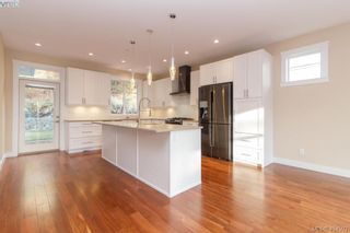 Photo 10: 316 Selica Rd in VICTORIA: La Atkins House for sale (Langford)  : MLS®# 803780