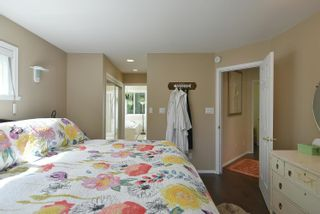 Photo 13: 853 AGNES Road: Roberts Creek House for sale (Sunshine Coast)  : MLS®# R2618211