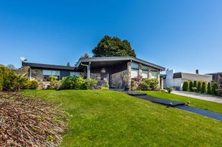 Photo 2: 4177 STAULO Crescent in Vancouver: University VW House for sale (Vancouver West)  : MLS®# R2571459