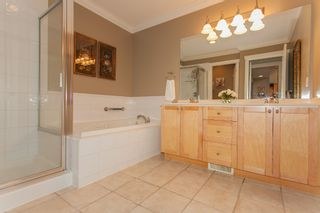 """Photo 32: 1 15450 ROSEMARY HEIGHTS Crescent in Surrey: Morgan Creek Townhouse for sale in """"CARRINGTON"""" (South Surrey White Rock)  : MLS®# R2201327"""
