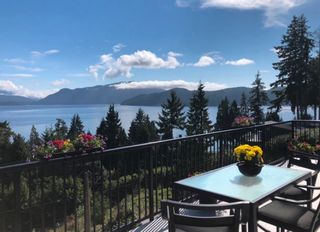 Photo 1: 1841 NORTH Road in Gibsons: Gibsons & Area House for sale (Sunshine Coast)  : MLS®# R2619808