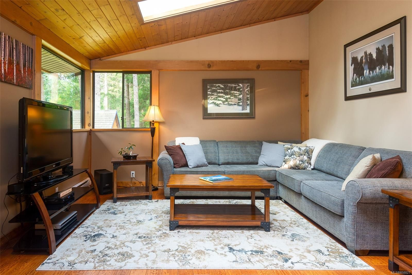 Photo 3: Photos: 1137 North End Rd in : GI Salt Spring House for sale (Gulf Islands)  : MLS®# 858827