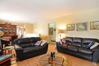 Photo 5: 3050 GODWIN AVENUE in Burnaby: Central BN House for sale (Burnaby North)  : MLS®# R2437048