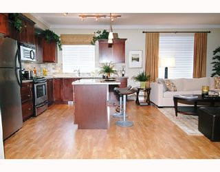 "Photo 6: 312 12258 224TH Street in Maple_Ridge: East Central Condo for sale in ""STONE GATE"" (Maple Ridge)  : MLS®# V659296"