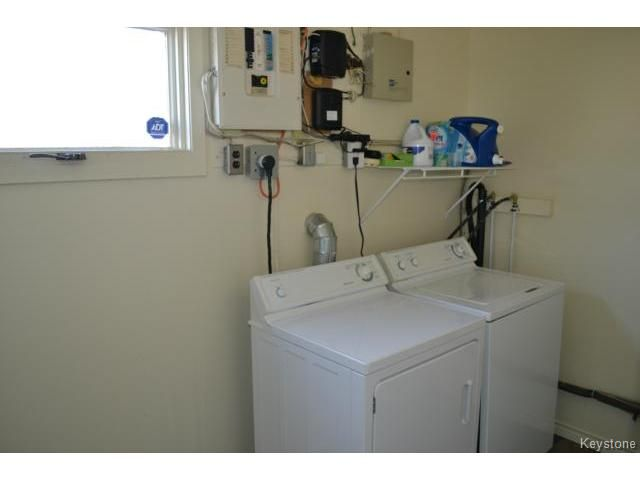 Photo 11: Photos: 463 Olive Street in WINNIPEG: St James Residential for sale (West Winnipeg)  : MLS®# 1405838