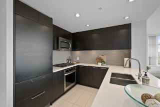 Photo 5: 3002 4880 BENNETT Street in Burnaby: Metrotown Condo for sale (Burnaby South)  : MLS®# R2620679