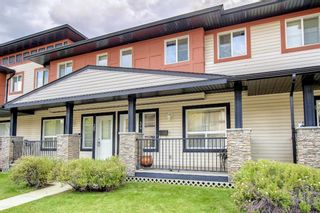 Main Photo: 34 Eversyde Common SW in Calgary: Evergreen Row/Townhouse for sale : MLS®# A1148136