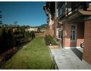 """Photo 10: 500 KLAHANIE Drive in Port Moody: Port Moody Centre Condo for sale in """"THE TIDES"""" : MLS®# V635966"""
