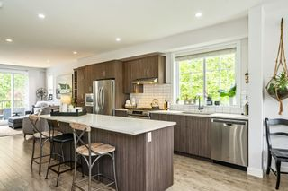 """Photo 8: 53 15588 32 Avenue in Surrey: Grandview Surrey Townhouse for sale in """"THE WOODS"""" (South Surrey White Rock)  : MLS®# R2577996"""