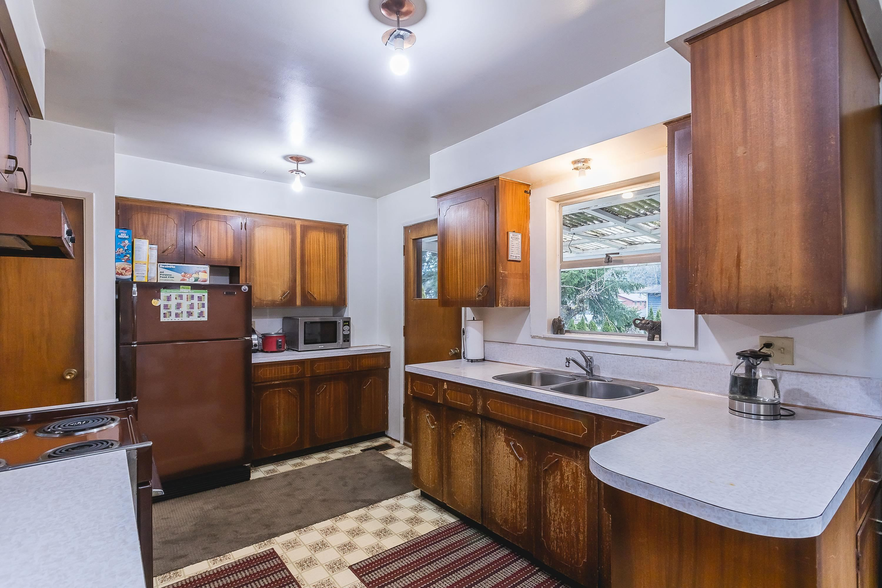 Photo 13: Photos: 3260 ULSTER Street in Port Coquitlam: Lincoln Park PQ House for sale : MLS®# R2613283