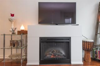 """Photo 6: 405 1690 W 8TH Avenue in Vancouver: Fairview VW Condo for sale in """"The Musee"""" (Vancouver West)  : MLS®# R2527245"""
