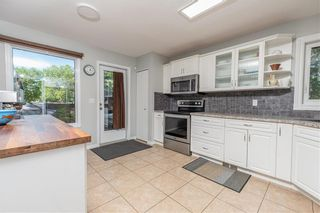 Photo 10: 3 Fairland Cove in Winnipeg: Richmond West Residential for sale (1S)  : MLS®# 202114937