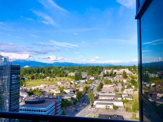 """Photo 24: 2410 10777 UNIVERSITY Drive in Surrey: Whalley Condo for sale in """"CITYPOINT"""" (North Surrey)  : MLS®# R2588021"""