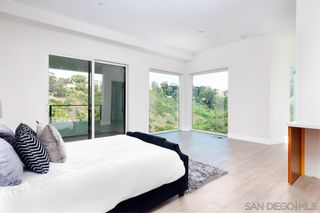 Photo 21: MISSION HILLS House for sale : 4 bedrooms : 807 Barr in San Diego