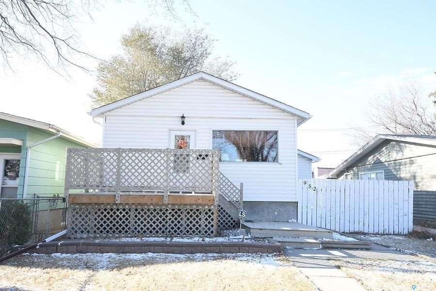 Main Photo: 952 Wallace Street in Regina: Eastview RG Residential for sale : MLS®# SK840213