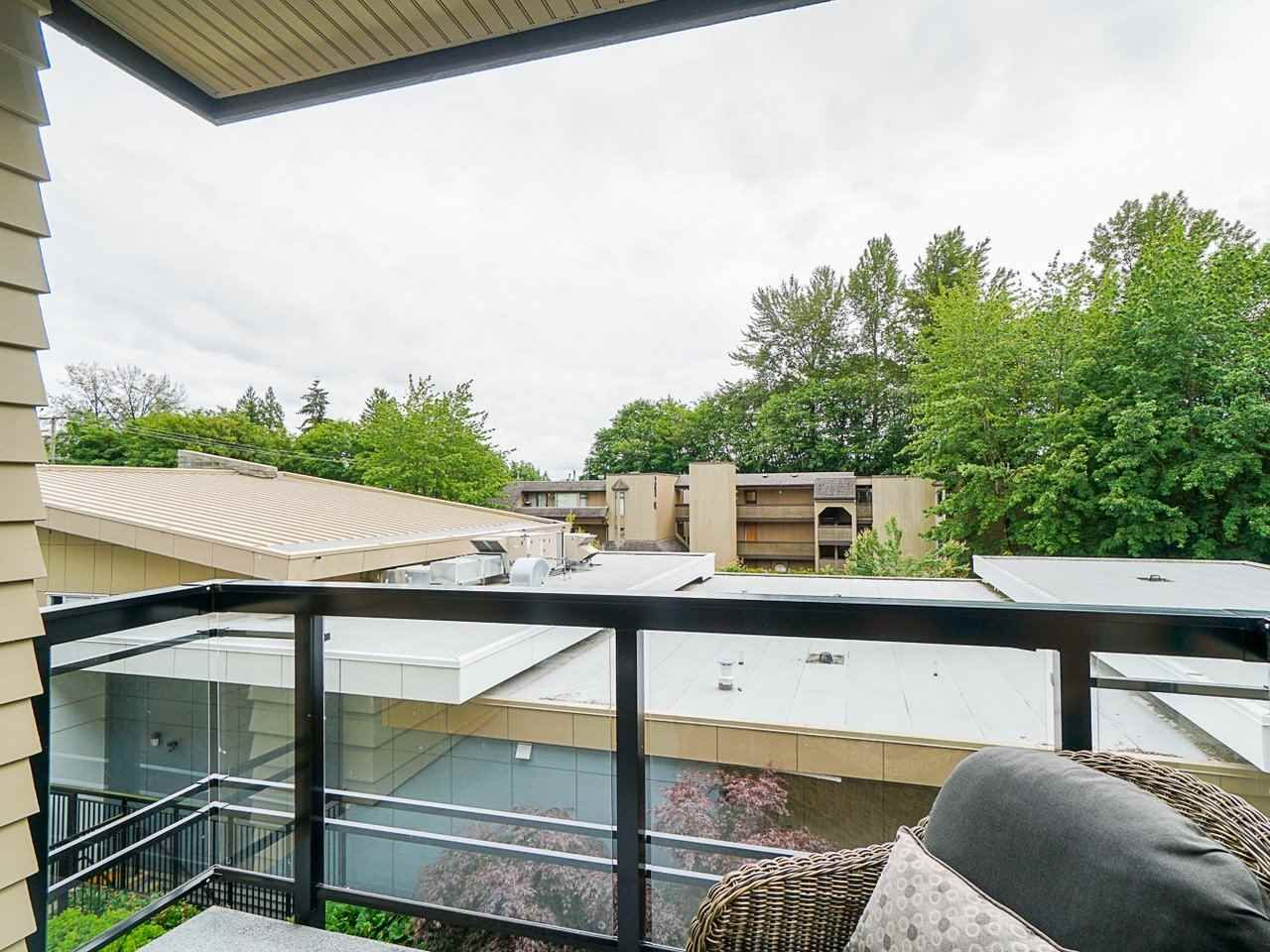 "Photo 27: Photos: 302 3205 MOUNTAIN Highway in North Vancouver: Lynn Valley Condo for sale in ""Mill House"" : MLS®# R2464769"