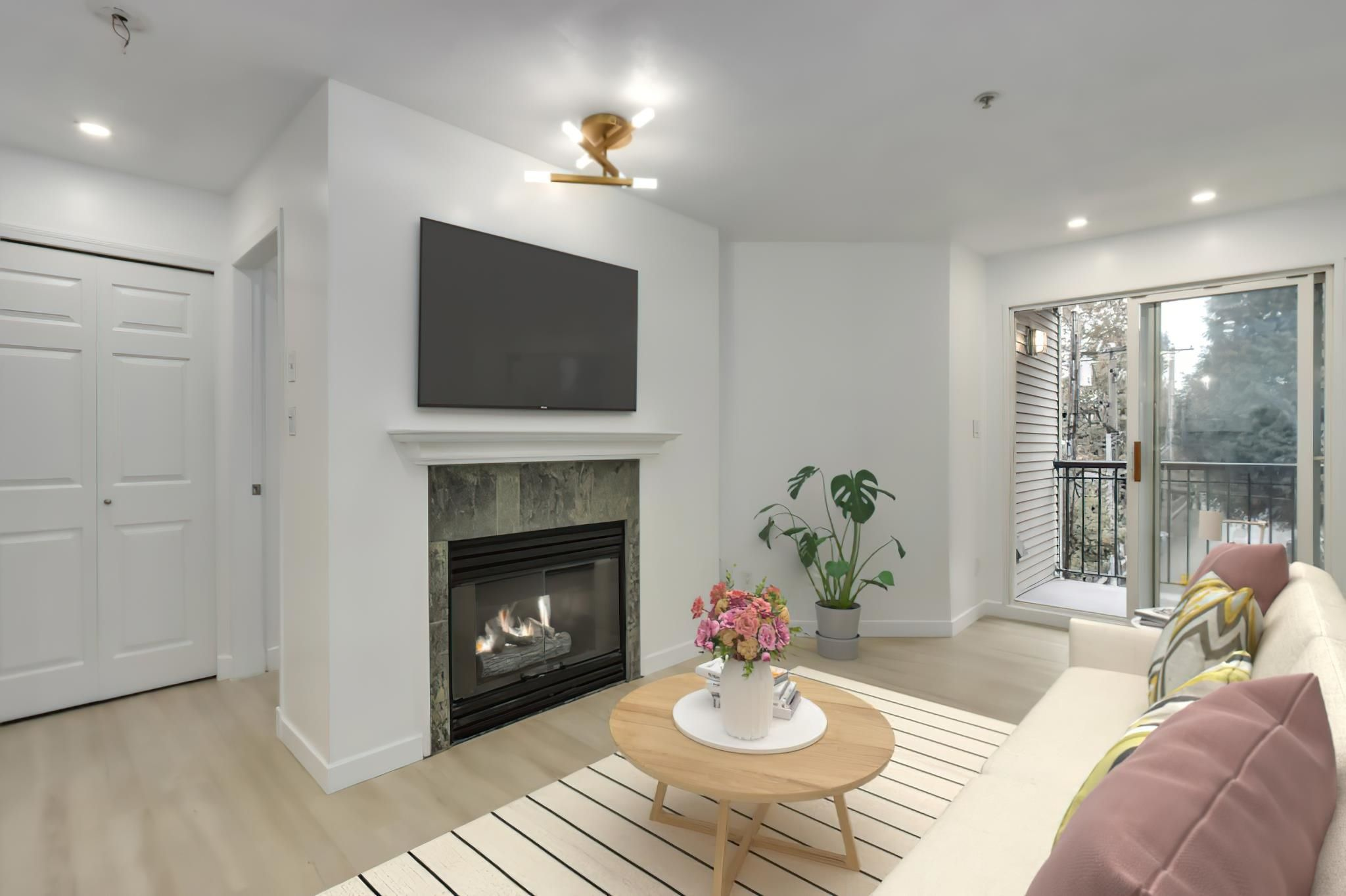 """Main Photo: 315 3278 HEATHER Street in Vancouver: Cambie Condo for sale in """"Heatherstone"""" (Vancouver West)  : MLS®# R2625598"""