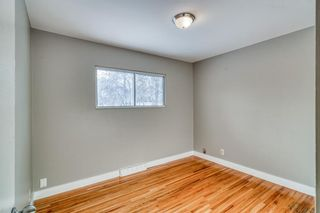 Photo 13: 49 White Oak Crescent SW in Calgary: Wildwood Detached for sale : MLS®# A1102539