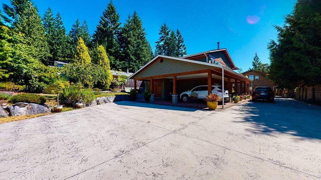 Photo 2: Photos: 5740 NICKERSON Road in Sechelt: Sechelt District House for sale (Sunshine Coast)  : MLS®# R2597486