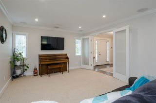 """Photo 5: 3891 205B Street in Langley: Brookswood Langley House for sale in """"BROOKSWOOD"""" : MLS®# R2545595"""