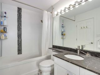 """Photo 14: 210 2545 W BROADWAY Avenue in Vancouver: Kitsilano Townhouse for sale in """"Trafalgar Mews"""" (Vancouver West)  : MLS®# R2590394"""