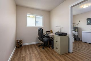 Photo 8: 2045 Beaufort Ave in : CV Comox (Town of) House for sale (Comox Valley)  : MLS®# 884580
