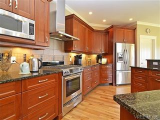 Photo 7: 1121 Bearspaw Plat in VICTORIA: La Bear Mountain House for sale (Langford)  : MLS®# 628956