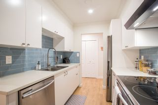 """Photo 2: 104 4363 HALIFAX Street in Burnaby: Brentwood Park Condo for sale in """"Brent Gardens"""" (Burnaby North)  : MLS®# R2527530"""