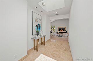 Photo 3: LA JOLLA House for sale : 4 bedrooms : 6830 Paseo Laredo