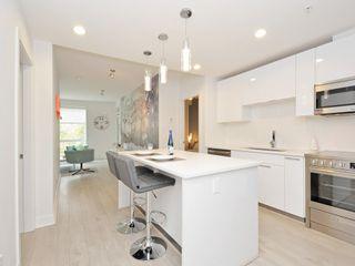"""Photo 10: 505 733 W 3RD Street in North Vancouver: Hamilton Condo for sale in """"THE SHORE"""" : MLS®# R2120677"""