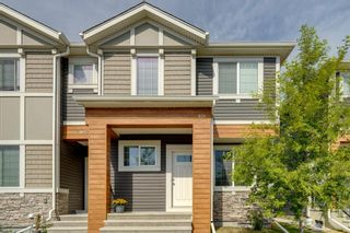 Photo 1: 971 Nolan Hill Boulevard NW in Calgary: Nolan Hill Row/Townhouse for sale : MLS®# A1114155