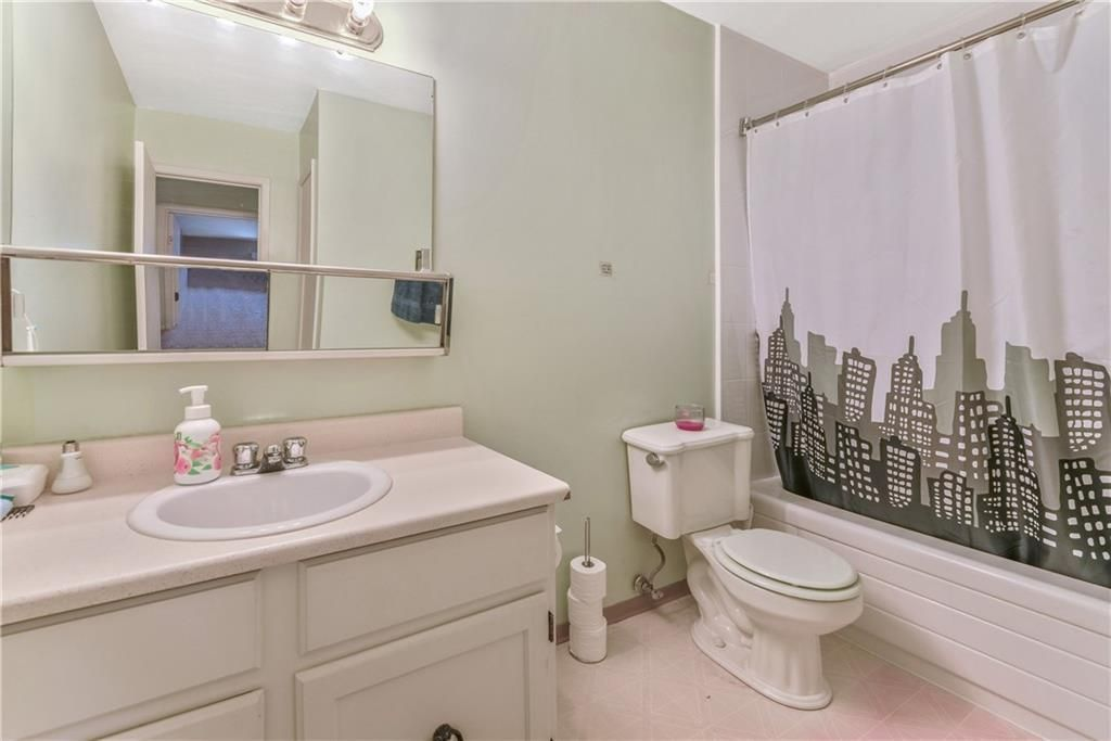 Photo 19: Photos: 9306 315 SOUTHAMPTON Drive SW in Calgary: Southwood Apartment for sale : MLS®# C4224686
