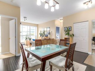 """Photo 7: PH10 511 W 7TH Avenue in Vancouver: Fairview VW Condo for sale in """"BEVERLY GARDENS"""" (Vancouver West)  : MLS®# R2156639"""