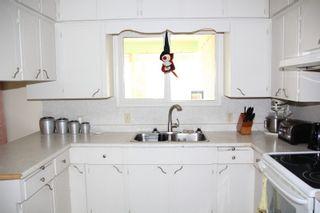 Photo 3: 555 HAZEL Street in Hope: Hope Center House for sale : MLS®# R2411115