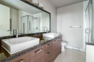 "Photo 10: 1903 2959 GLEN Drive in Coquitlam: North Coquitlam Condo for sale in ""PARC"" : MLS®# R2239898"