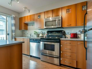 """Photo 9: 46 7179 201 Street in Langley: Willoughby Heights Townhouse for sale in """"DENIM"""" : MLS®# R2446590"""