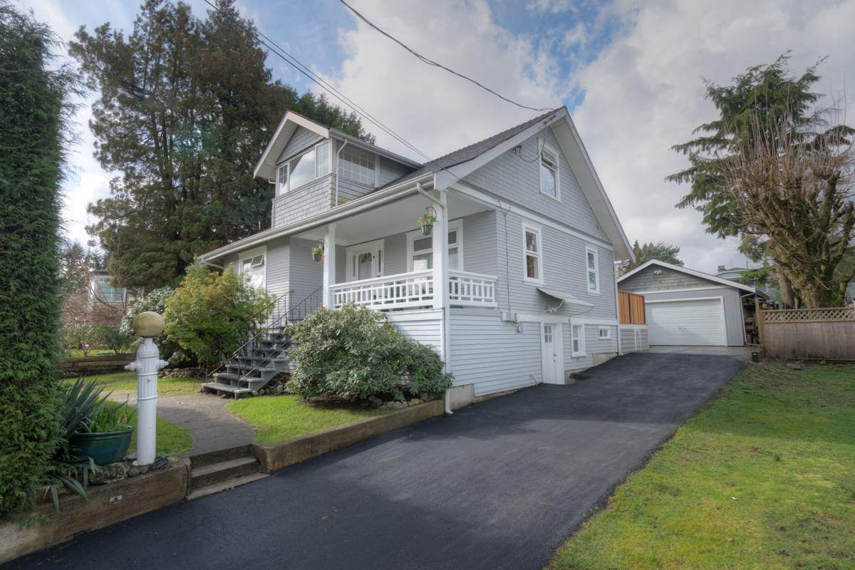 "Main Photo: 227 RICHMOND Street in New Westminster: The Heights NW House for sale in ""THE HEIGHTS"" : MLS®# R2044164"