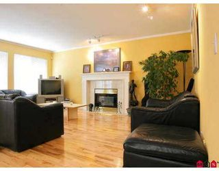 """Photo 4: 21582 84TH Avenue in Langley: Walnut Grove House  in """"Forest Hills"""" : MLS®# F2718779"""