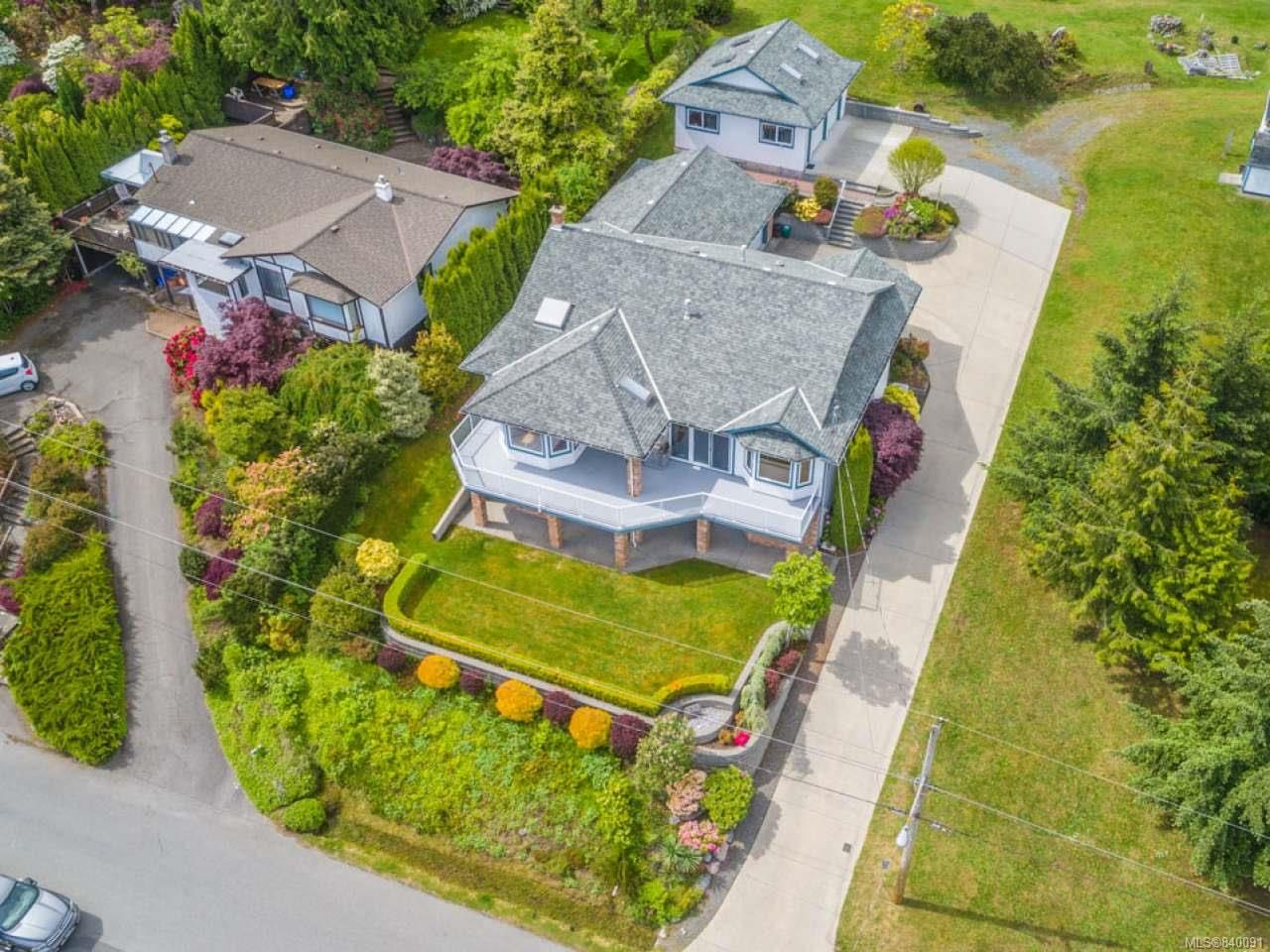 Main Photo: 432 Battie Dr in LADYSMITH: Du Ladysmith House for sale (Duncan)  : MLS®# 840091